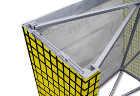 The fabric image is fasten at the same practical way as for Soft Image - with velcro - and is stored and transported already mounted.